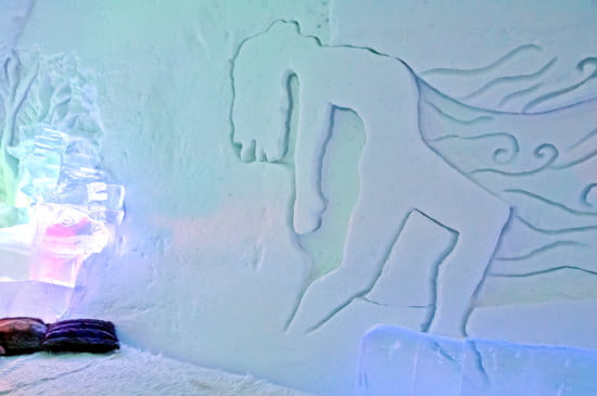 ice-carving-hotel-de-glace
