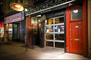 The Auld Spot College Avenue Toronto Little Italy St Patrick's Day Pub good food