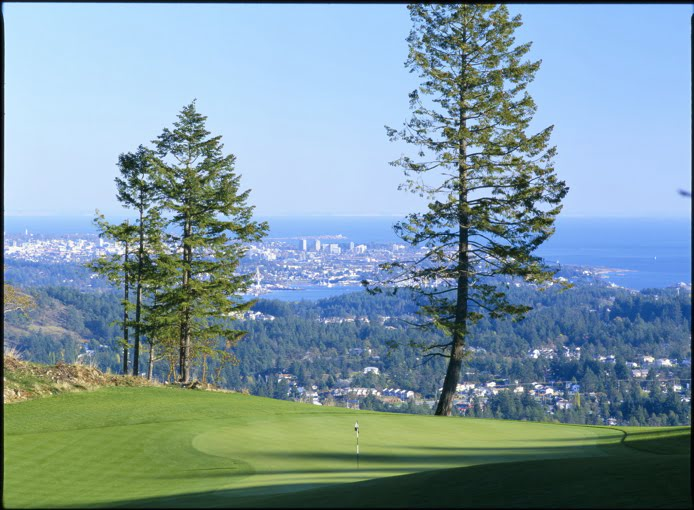 bear-mountain-14th-hole-victoria