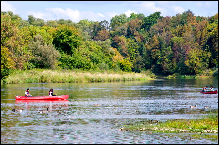 canoe-in-canada