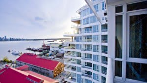 pinnacle-hotel-at-the-pier-north-vancouver