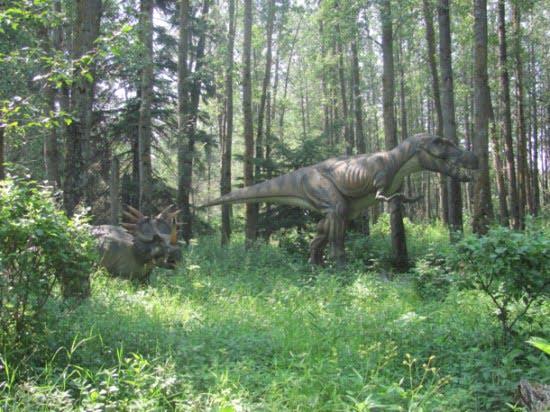 Albertasaurus-jurassic-forest-edmonton
