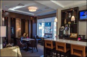 sheraton-cavalier-saskatoon-club-lounge