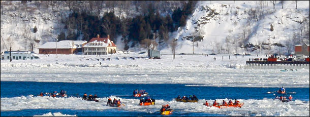 canoe-race-quebec-city-carnival