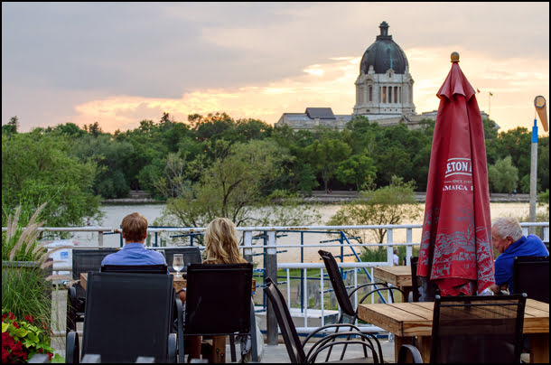 Willow-on-Wascana-Patio-Regina-Saskatchewan
