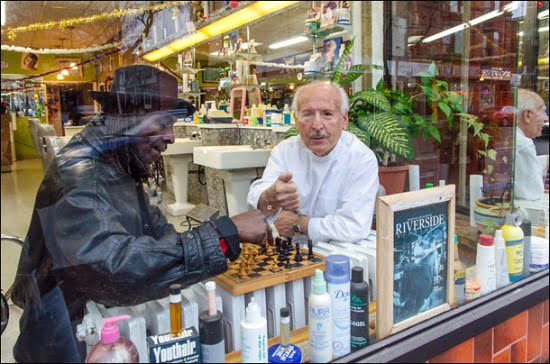 chess-game-georges-riverside-toronto