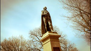 The statue of Sir John A. MacDonald stands in city park in Kingston, Ontario. (Julia Pelish/Vacay.ca)