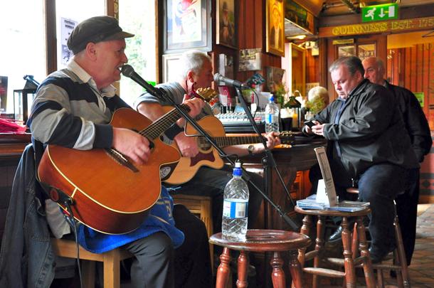 gogartys-pub-dublin-ireland