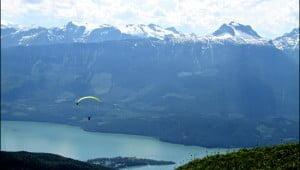 paragliding-revelstoke-british-columbia