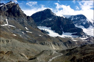 columbia-icefield-parkway