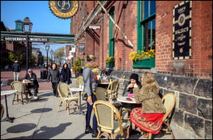 toronto-distillery-district-balzacs