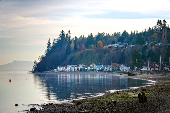 Point Roberts belongs to the US but often feels like Canada. (Julia Pelish/Vacay.ca)