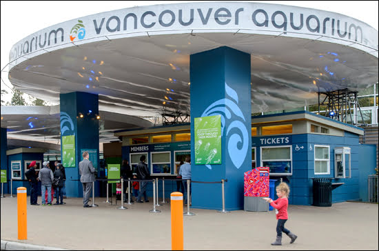 vancouver-aquarium-exterior