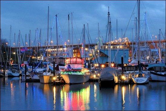 Christmas at the Vancouver marina – Vacay.ca