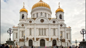 The Church of Christ the Savior was rebuilt in 2000 and is the main Eastern Orthodox church in Russia. It's in Moscow, where the Kremlin has undertaken some alarming policies in 2014. (Julia Pelish/Vacay.ca)