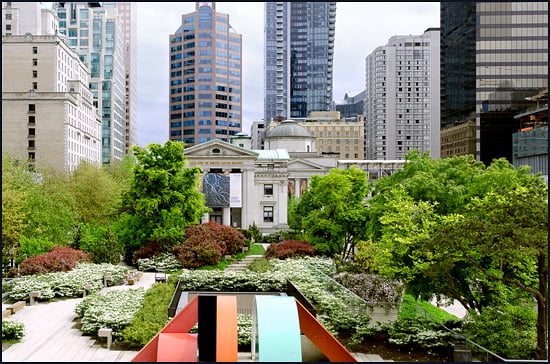 The Vancouver Food Truck tour walks through downtown core and points out local architecture, like the Vancouver Art Gallery seen here from outside of City Hall building designed by famed architect Arthur Erickson. (Julia Pelish/Vacay.ca)