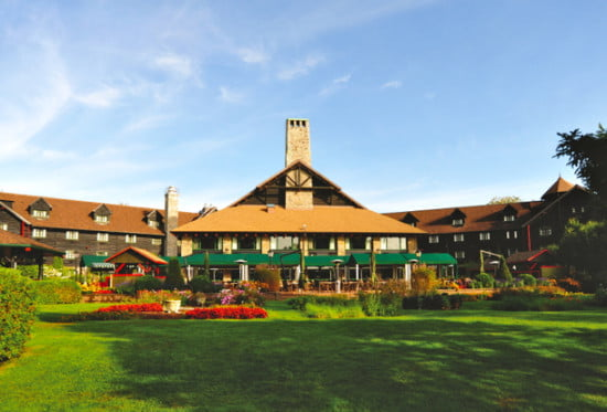 fairmont-chateau-montebello-quebec