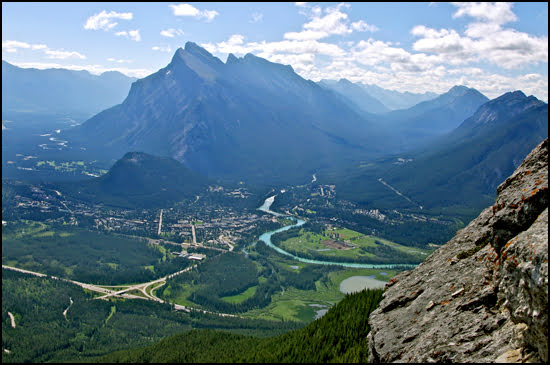 Views of Banff town from Mt Norquay