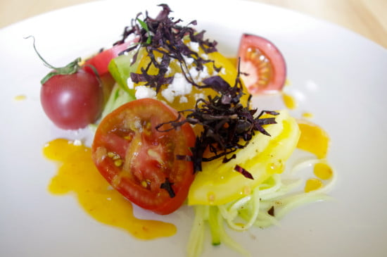 heirloom-tomato-salad-chefs-table-backyard-farm-okanagan-valley-bc