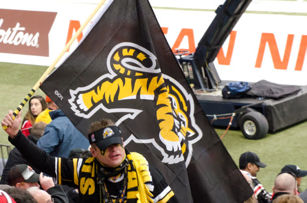 hamilton-ti-cats-fan-grey-cup-2014