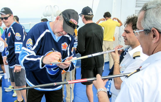 nhl-cuba-hockey-game-ric-nattress-cruise