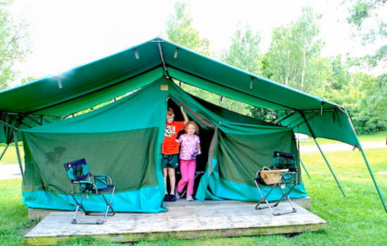 toronto-zoo-serengeti-bush-camp-sleepover