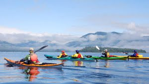 kayaking-in-ucluelet