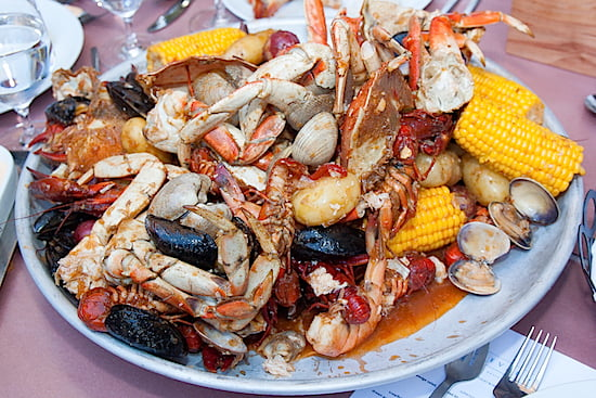 summer-seafood-boil-boulevard-vancouver