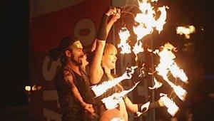 edmonton-fringe-festival-fire-performers