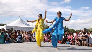 edmonton-heritage-days-dancers