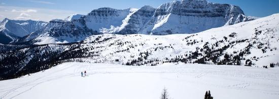 Banff-Snowshoe-Alberta