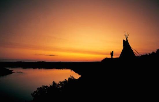 wanuskewin-tipi-dawn