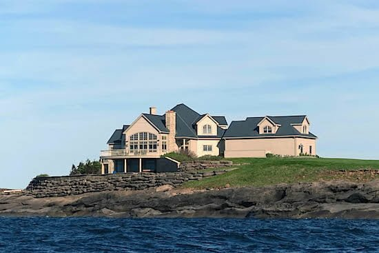 Marina-Lodge-fox-harbr-resort-nova-scotia