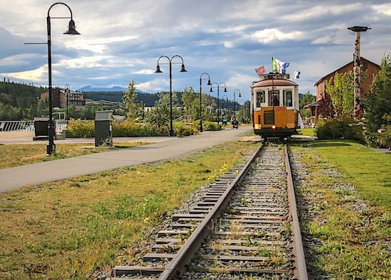 riverfront-trolley_whitehorse-yukon