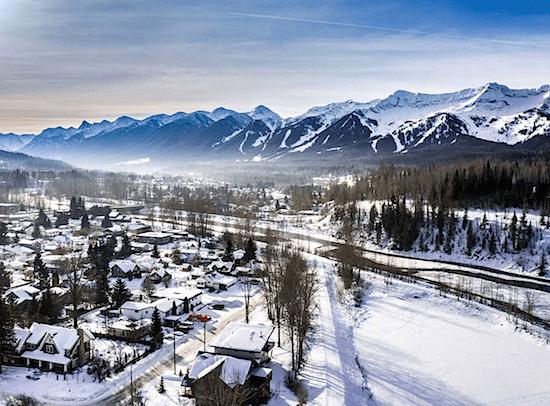 fernie-alpine-resort-mountain-view