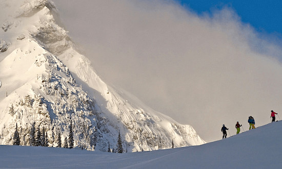fernie-skiers-on-mountain