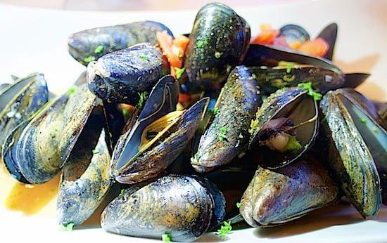 mussels-bras-dor-lakes-inn