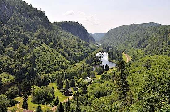 agawa-canyon-scenery