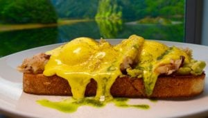 dungeness-crab-poached-eggs-sourdough-ocean-house
