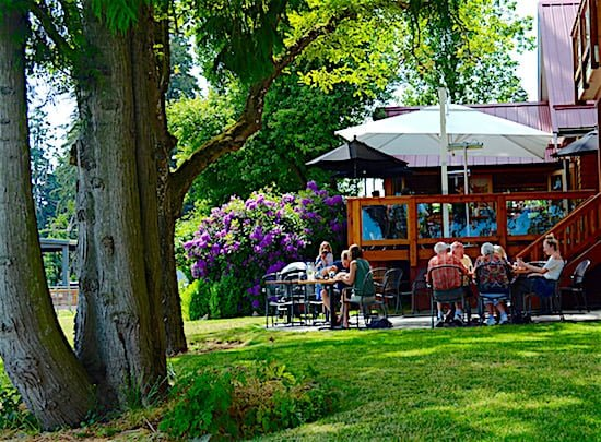 unsworth-winery-vancouver-island