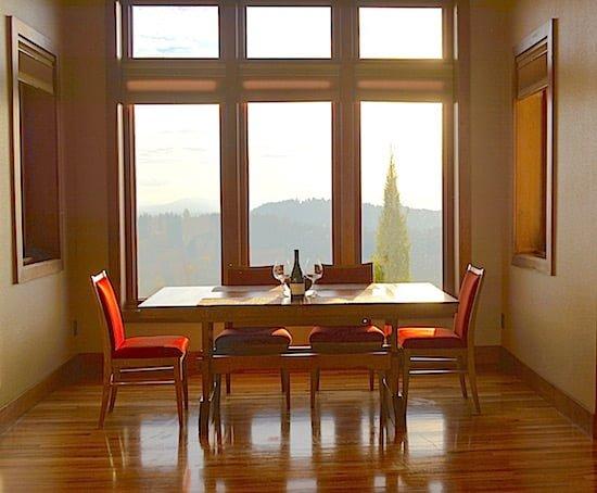 willamette-valley-vineyards-table