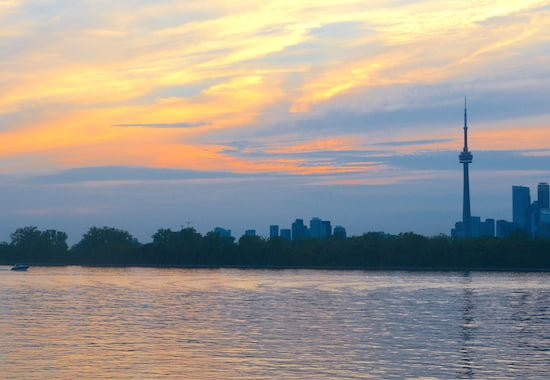 toronto-skyline-at-sunset