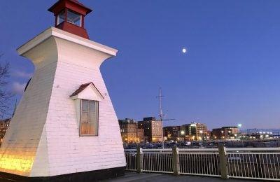 saint-john-lighthouse
