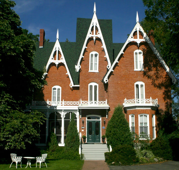 Merrill Inn, travel, Picton, Ontario, Fall getaway specials