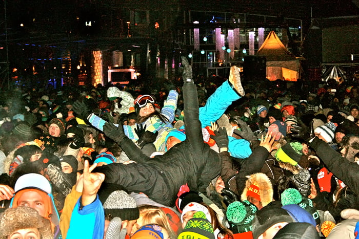 Montreal-Body-Surfing-Igloofest electronic music winter festival canada