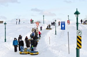 snow-tubing-quebec-carnival-2012