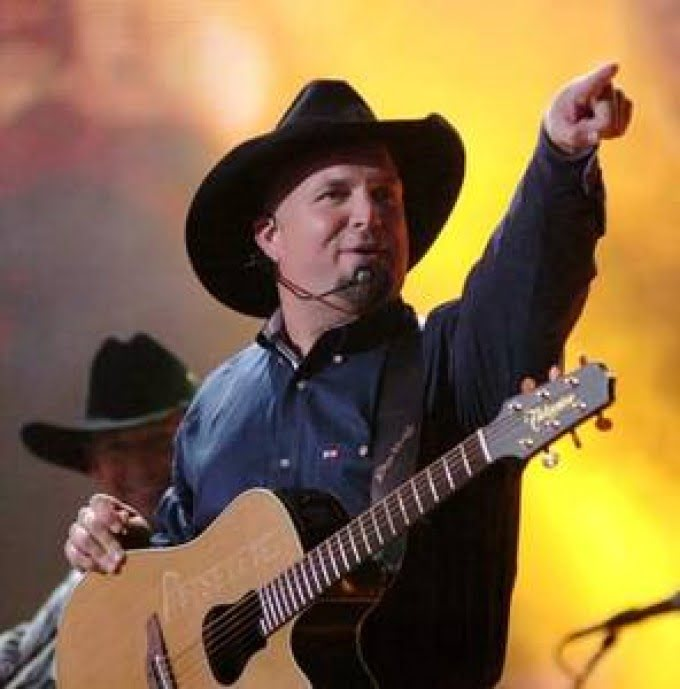 Garth-Brooks-Calgary-Stampede