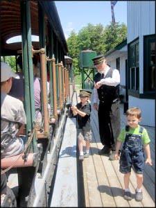 portage-flyer-steam-train-huntsville-ontario