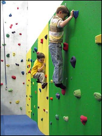 Climbing-Wall-Deerhurst-Resort-Muskoka