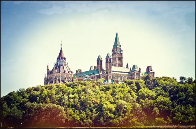 parliament-hill-Ottawa